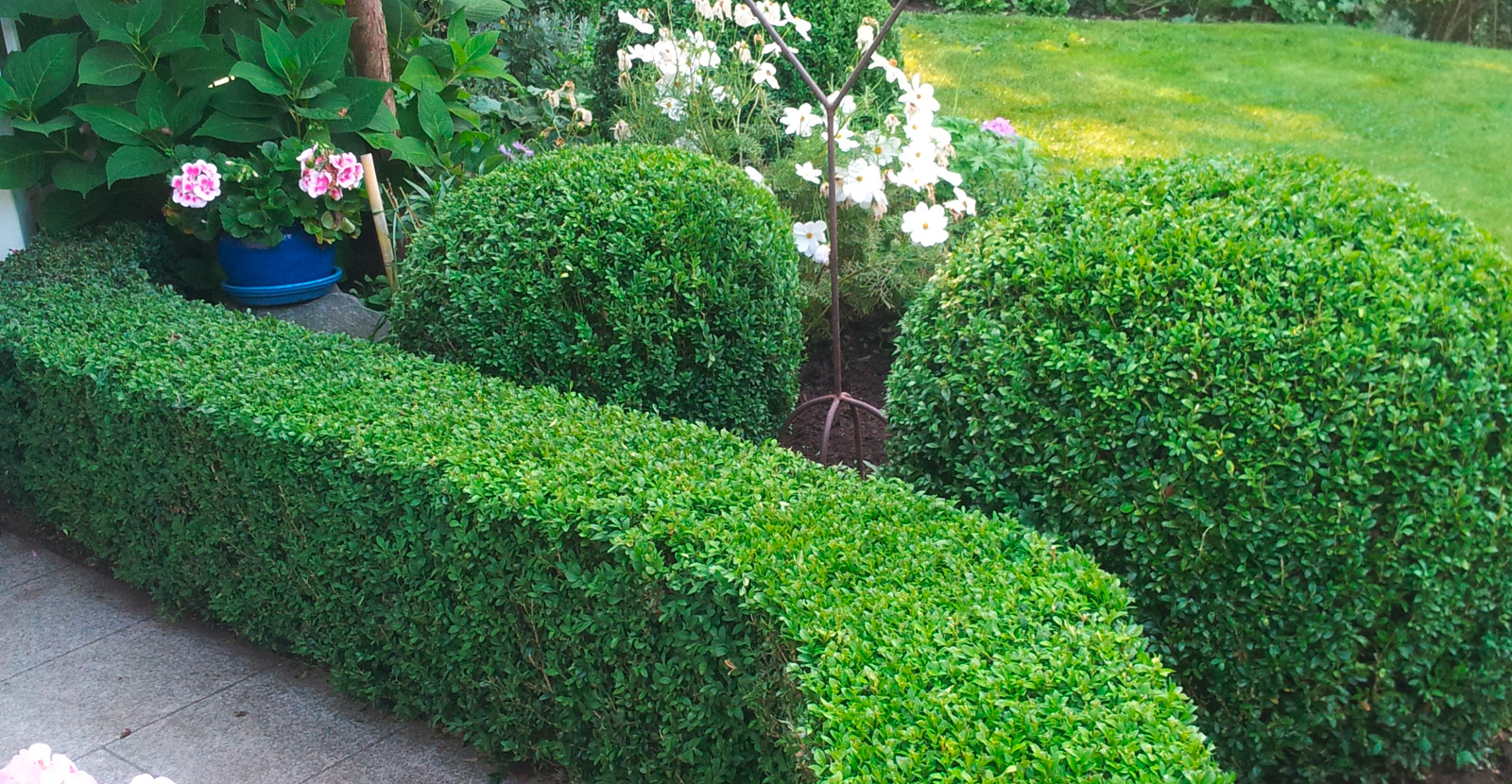 gartenbau landschaftsbau lauf n rnberg landschaftsg rtner michael hofmann. Black Bedroom Furniture Sets. Home Design Ideas